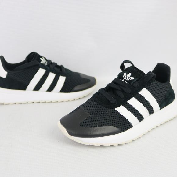 sneakers for cheap 3e27d 6331c adidas Shoes - Adidas Womens Black FLB W Flashback Sneaker Sz 5.5